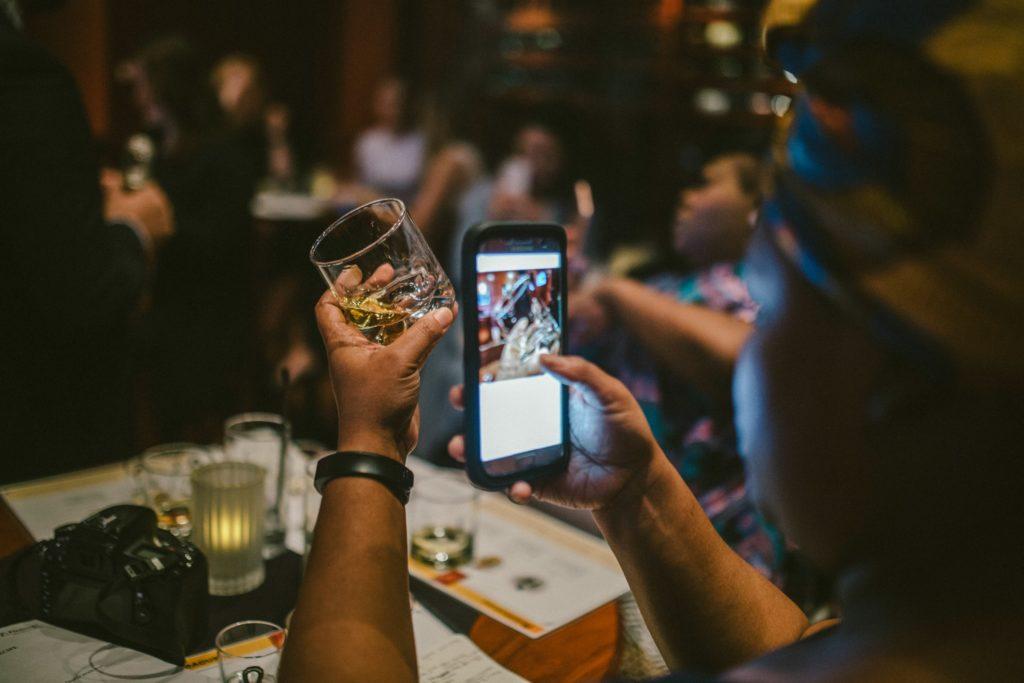 8 Ways to Get Paid to Tweet
